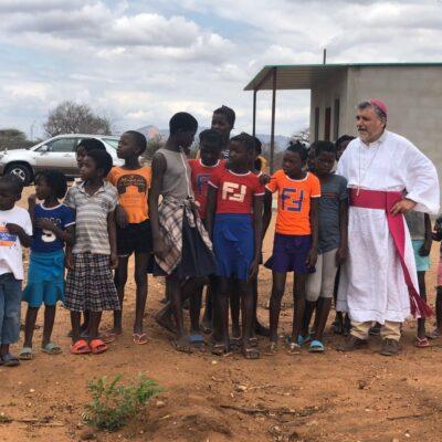 Monsignor Diamantino in Aldeia Dignity