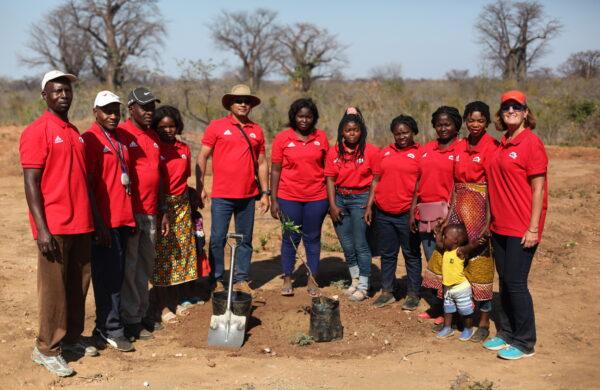 A equipa da Associação Dignity Moçambique