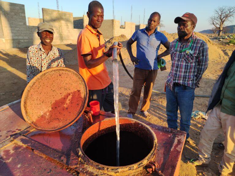 Prima distribuzione dell'acqua